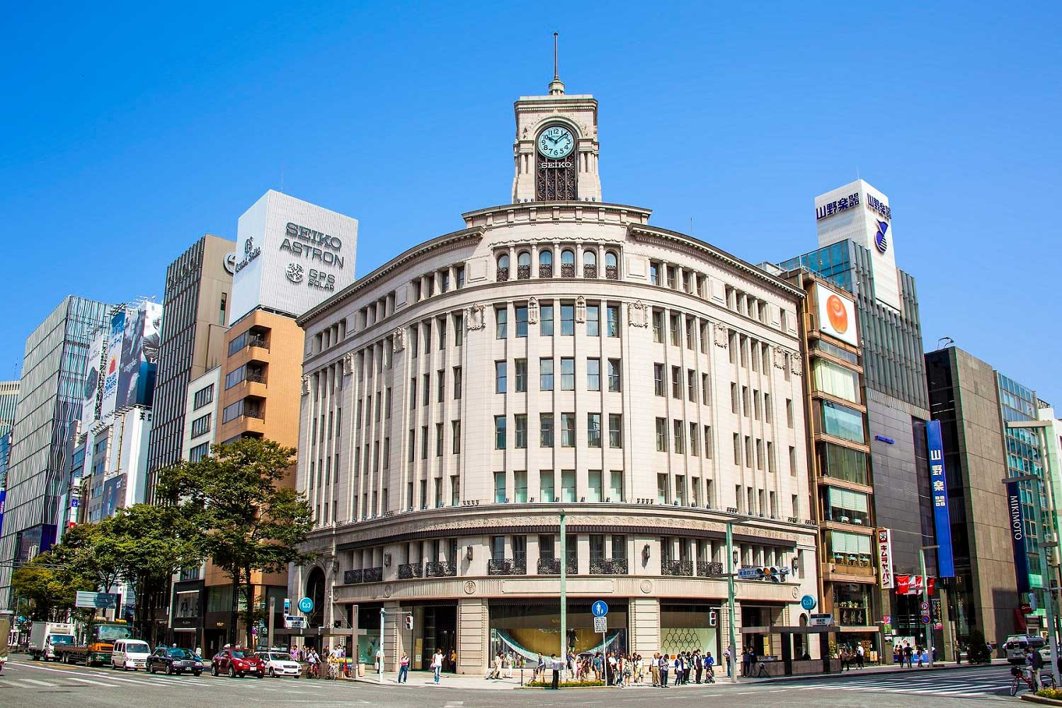 The Wako building in Tokyo, featuring Seiko's Astron Clock Tower. - www.revolution.watch