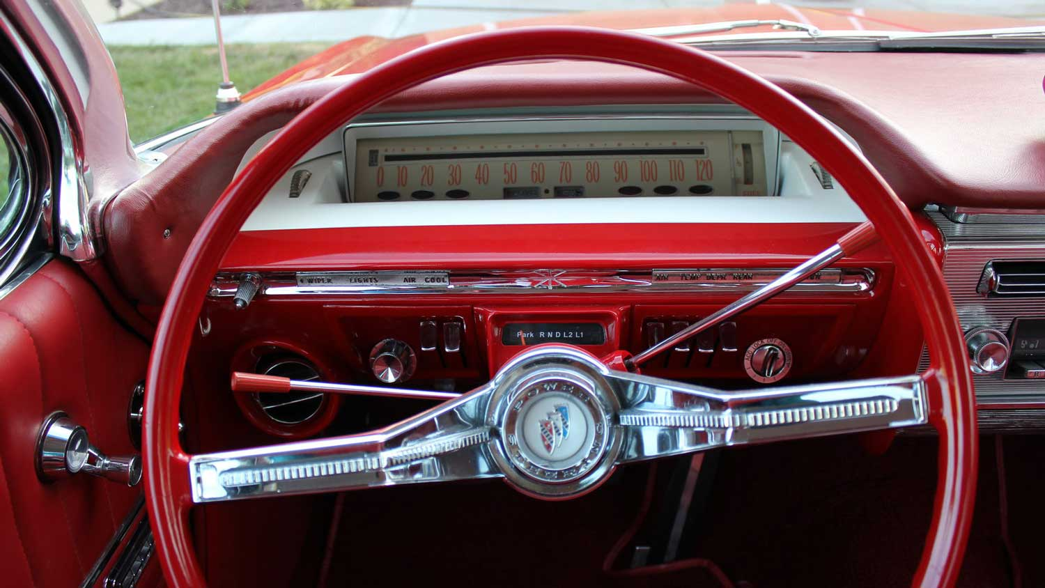 Speedometer on a 1961 Buick Electra (Photo: Mecum Auctions)
