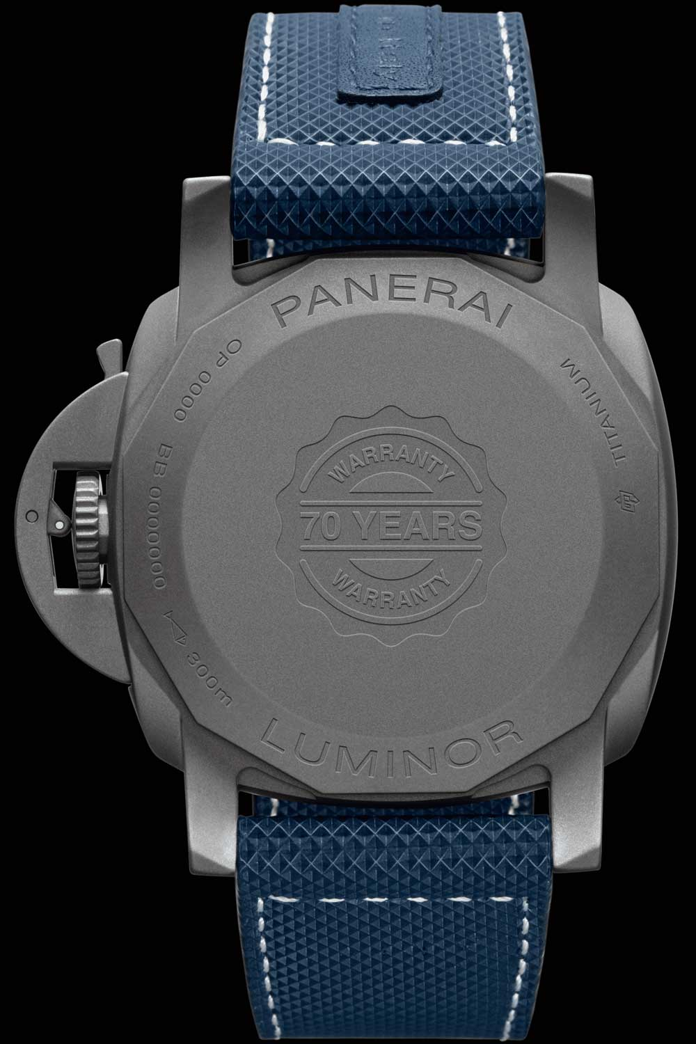 The case back of the watch indicates its 70-Year Warranty Guarantee, as well as 'Panerai Luminor' engraved on the back.