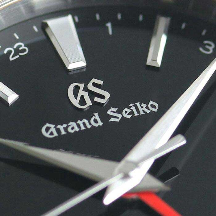 Grand Seiko Quartz GMT SBGN013 featuring the 9F86 calibre movement