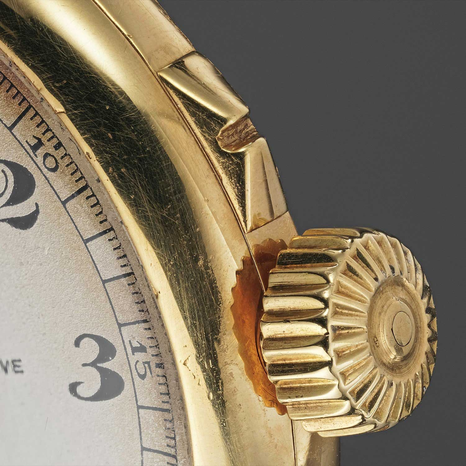 1924 Patek Philippe single pusher chronograph wristwatch with vertical registers and officer case (Image: phillipswatches.com)