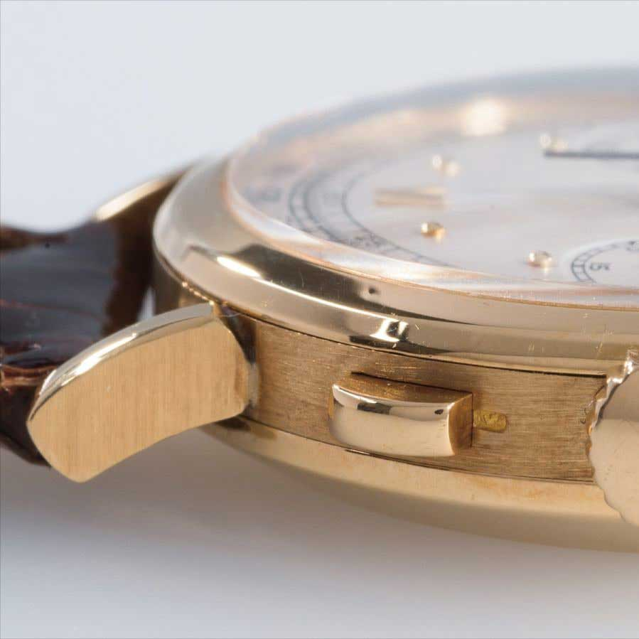 Bean-shaped lugs on the 1940 Patek Philippe ref. 591 yellow gold chronograph with Roman numerals (Image: PhillipsWatches.com)