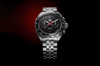 TAG Heuer x Fragment Design (44 mm) Calibre Heuer 02 Automatic Chronograph