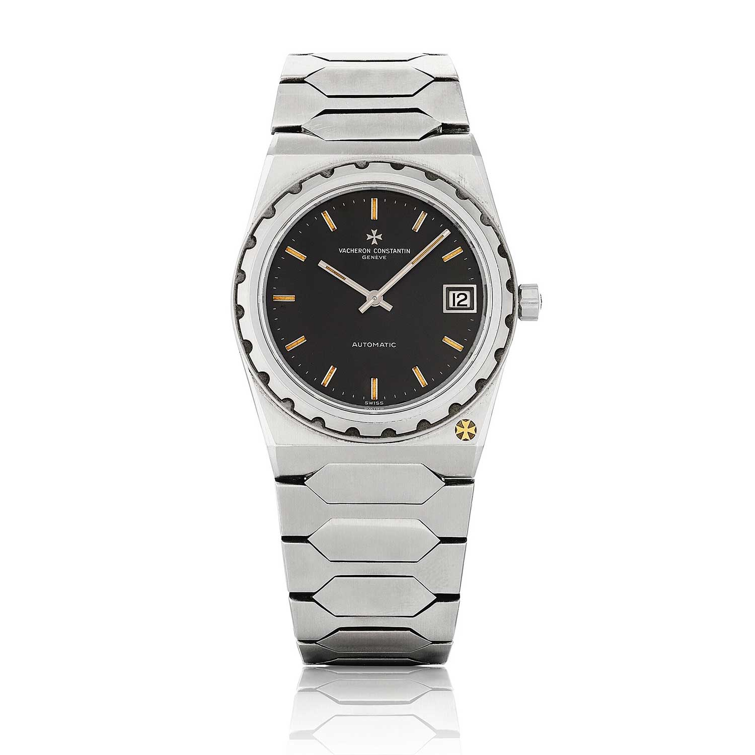 Vacheron Constantin's foray into the stainless steel sports-chic integrated bracelet watch genre was the 222, ref. 44018, designed by Jörg Hysek was launched in 1977 (Image: sothebys.com)