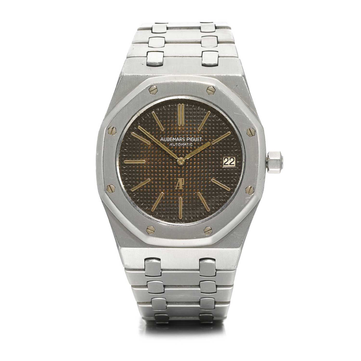 Designed by the one and only Gérald Genta for Audemars Piguet, the 39mm stainless steel Royal Oak 5402 cost as much as a Jaguar when it was introduced in 1972 (Image: sothebys.com)