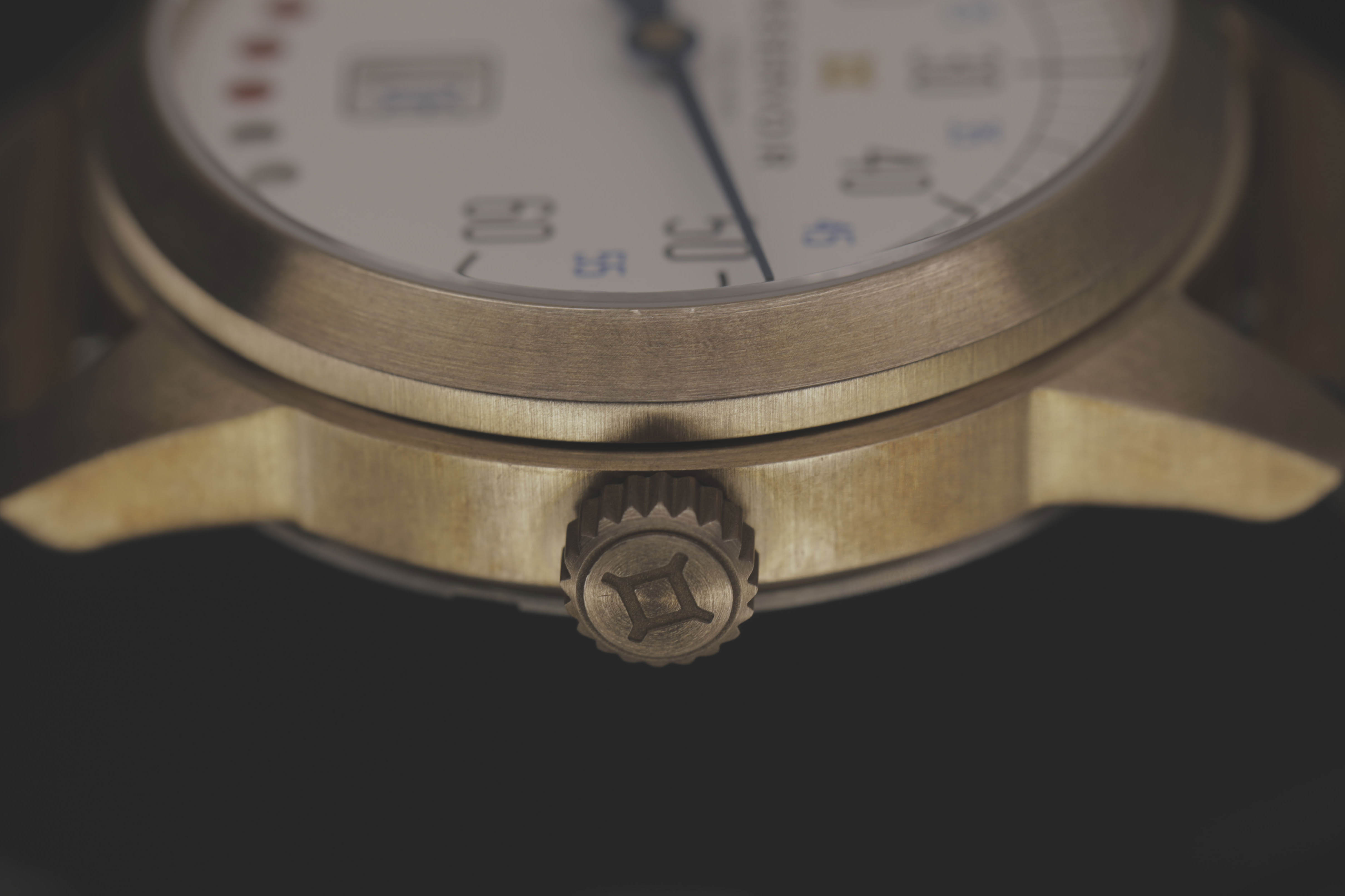 Combine a French flair for design with Swiss watchmaking internals and a unique display based on a customized module, and you get the ingredients for a successful watch brand.
