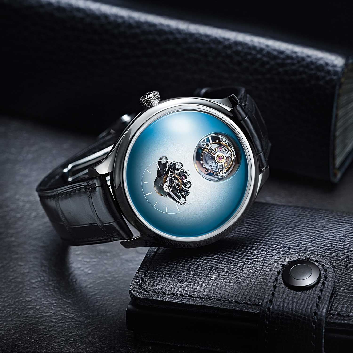 MB&F × H. Moser Endeavour Cylindrical Tourbillon with the or Ice Blue dial