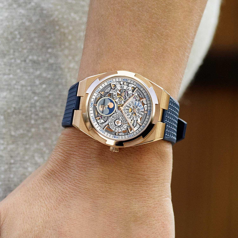 2020 41.5mm Overseas Perpetual Calendar Ultra-Thin Skeleton ref. 4300V/120R-B547 on the wrist