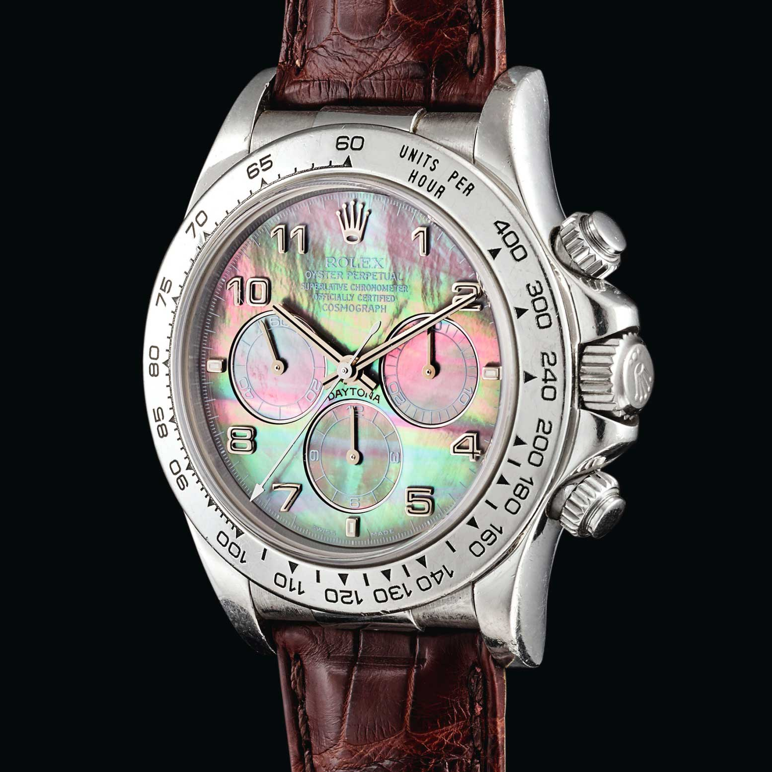 Unique platinum Perpetual Daytona ref 16516 with a mother-of-pearl dial; ;ast seen with Sotheby's in 2018 at their October sale in Hong Kong