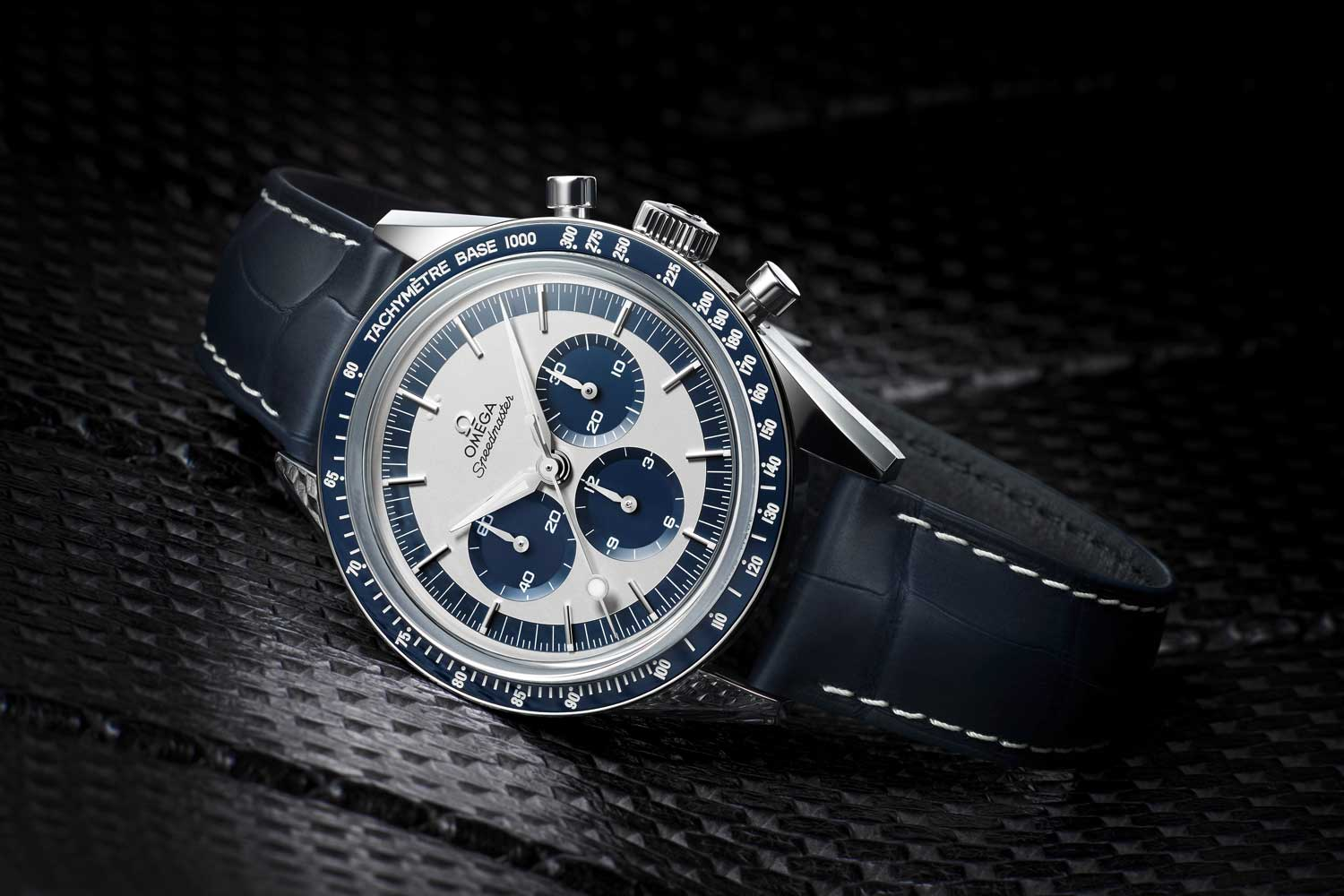 The 2016 Speedmaster Moonwatch Chronograph ref. 311.33.40.30.02.001measuring in at 39.7mm