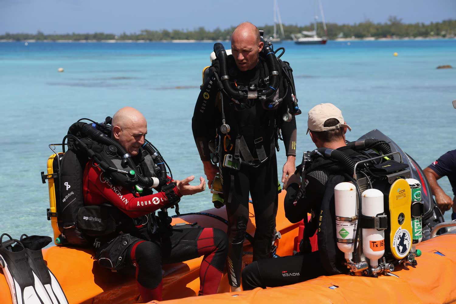 Blancpain President & CEO Marc Hayek on the far left of the frame, an avid diver himself, gearing up to dive with the expedition team from the Mokarran Protection Society in January of 2020