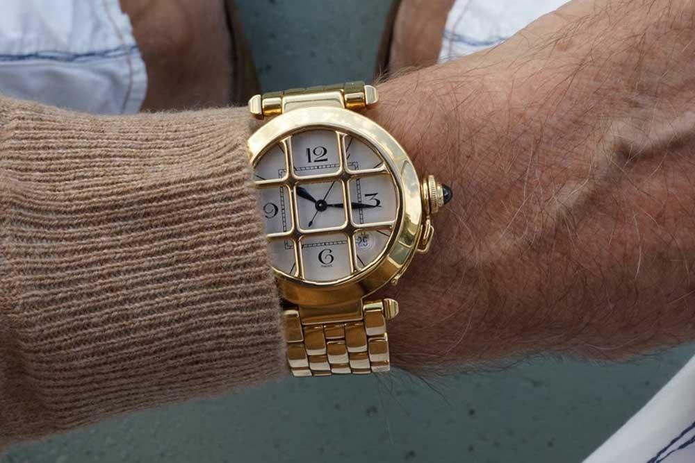 Pasha de Cartier on the Figaro bracelet (Image: Watchprosite)