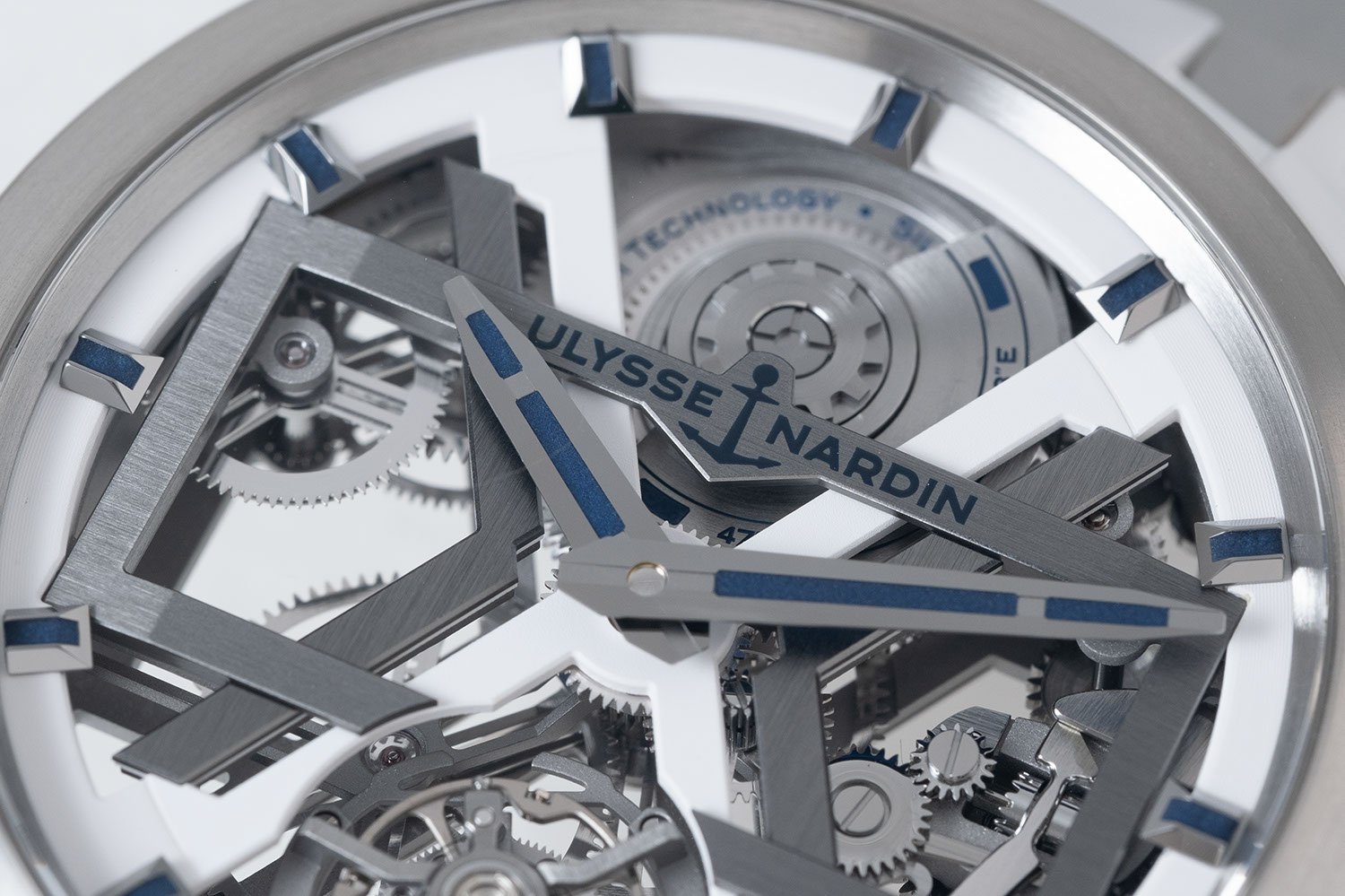 Close look at the skeleton dial of the Ulysse Nardin White Blast (ref. T-1723-400/00) on a structured rubber strap (©Revolution)
