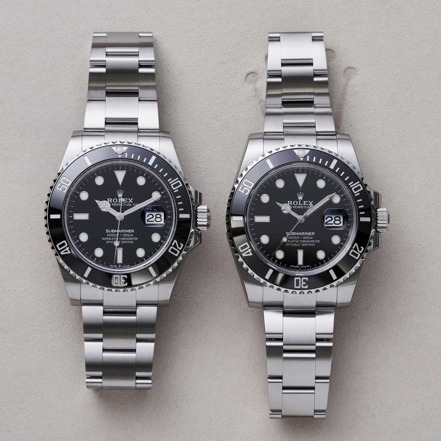 A side by side comparison of the 2020 ref. 126610 with the outgoing 2010 ref. 116610 both in Oystersteel; at 41mm the new Submariner case represents a marginal increase in size from its predecessors 40 mm in diameter and is still a full 2mm smaller than the 43mm diameter of its deep saturation dive sibling the Sea-Dweller. (©Revolution)
