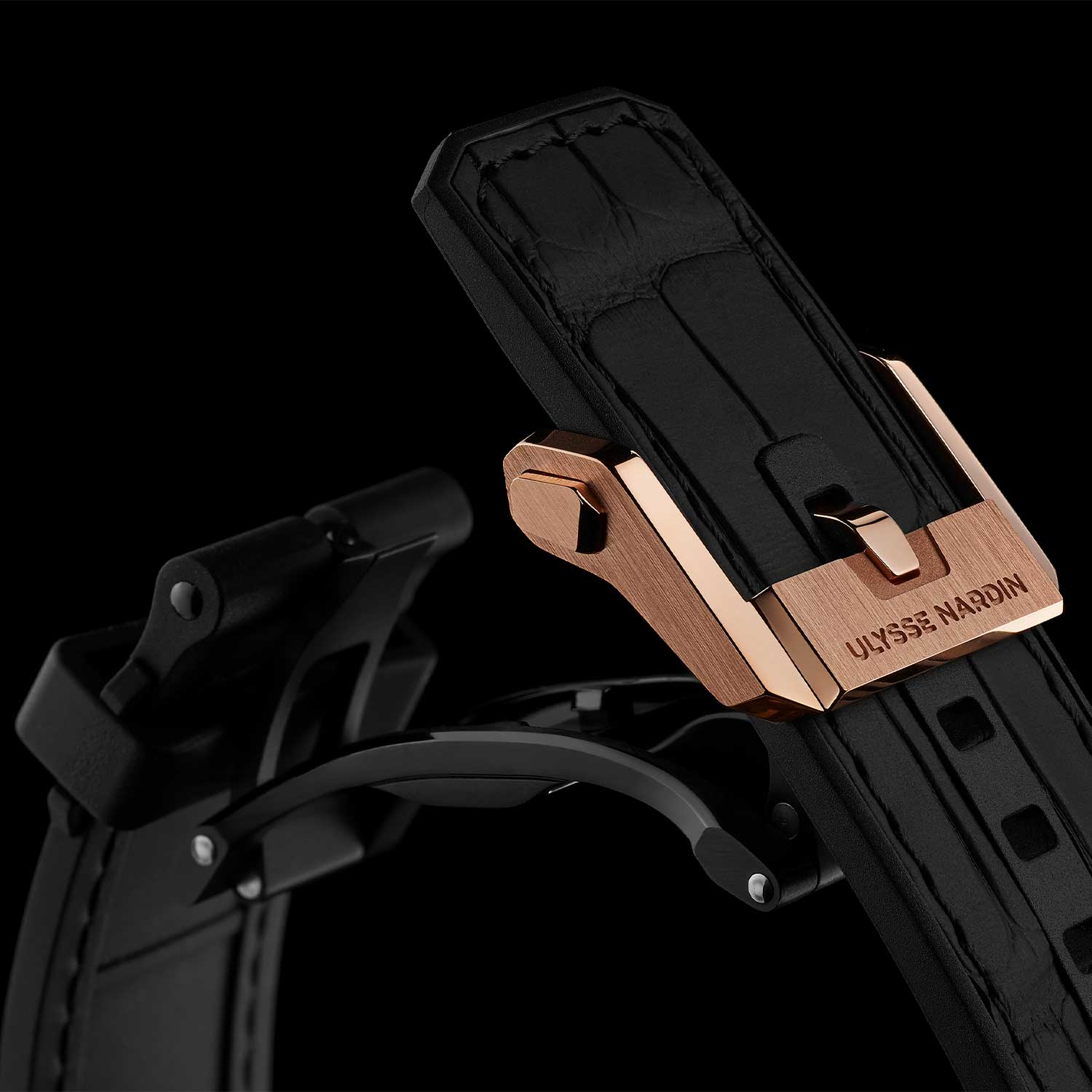 The self-deploying buckle used for the Ulysse Nardin Blast