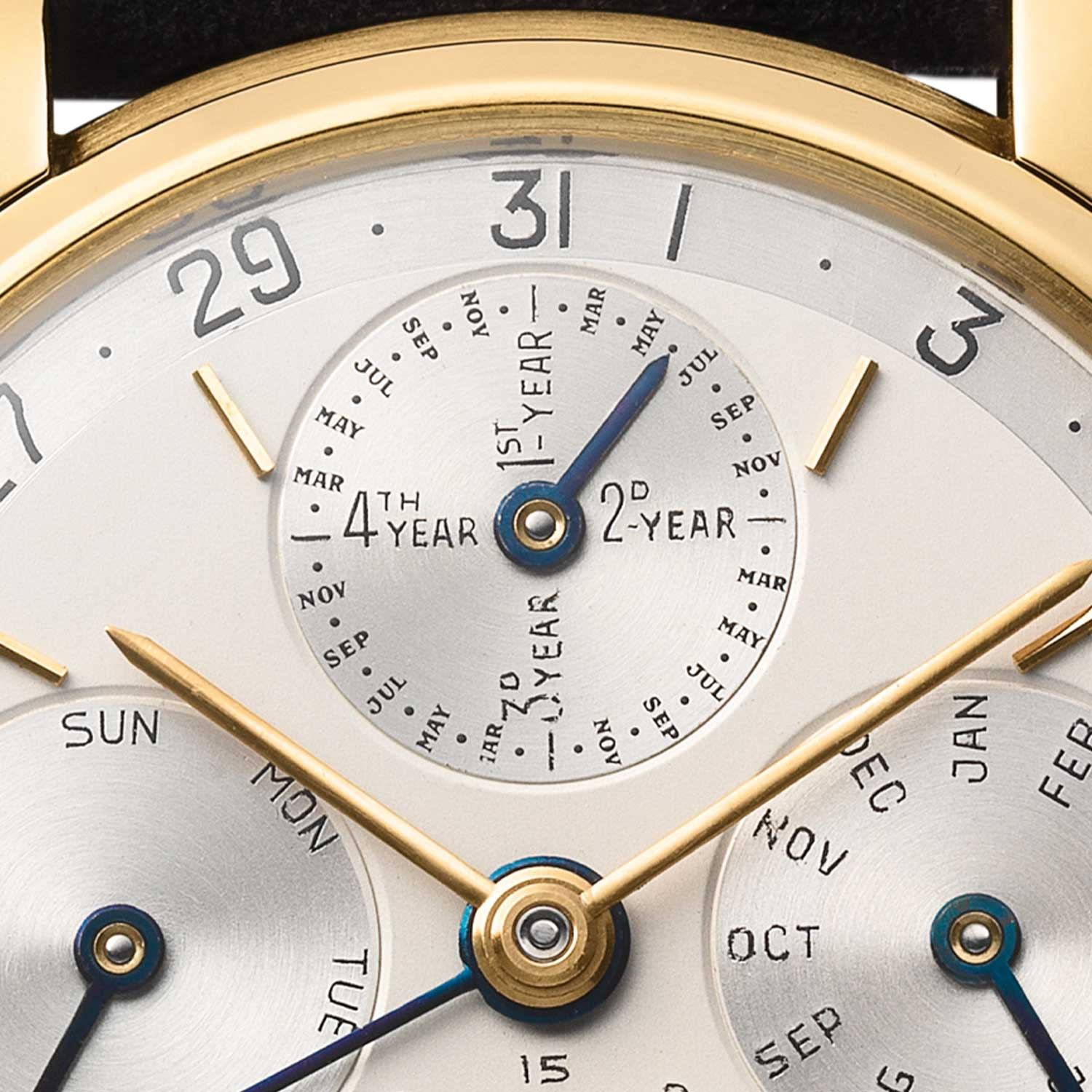 A close look at the 5516, with the combined leap year and month indication at 12 o'clock, which was made in 1957, watch sold in 1968 to Vacheron Constantin (Genève). Audemars Piguet Heritage Collection, Inv. 1716.
