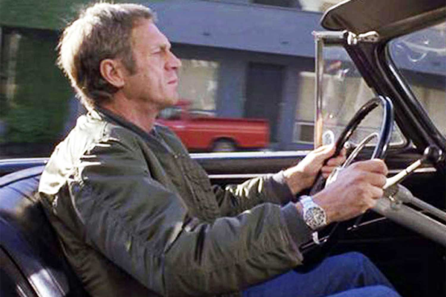 A screen grab from the 1980 film, The Hunter showing Steve McQueen with his 5512 Submariner on his wrist (Image: rolexmagazine.com)