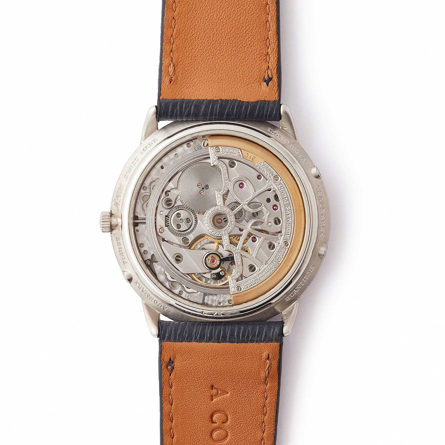The 25661PT had a display caseback showing off an ornately decorated version of the calibre 2120/2800; the present watch was listed on A Collected Man some time ago (Image: acollectedman.com)