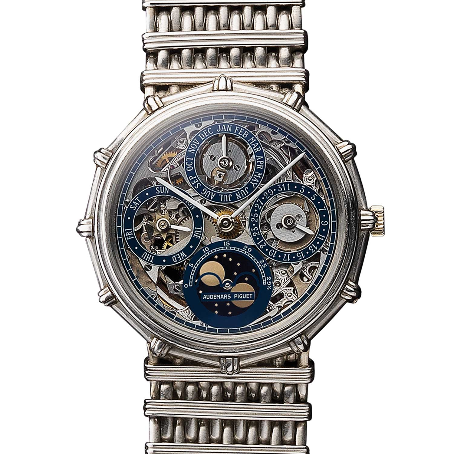 12-sided openworked perpetual calendar. Model 5564PT (16 examples, of which 14 in platinum). Movement No 227069, case No C12134. Calibre 2120/2800. Movement made in 1983, watch sold in 1985. Audemars Piguet Heritage Collection, Inv. 1130.