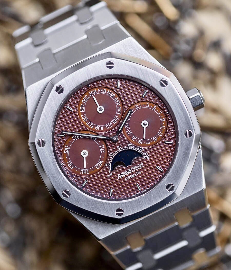 Ref. 25654ST seen here with a tapisserie dial that has completely oxidized into a rich milk-chocolate (Image: watchprosite.com)