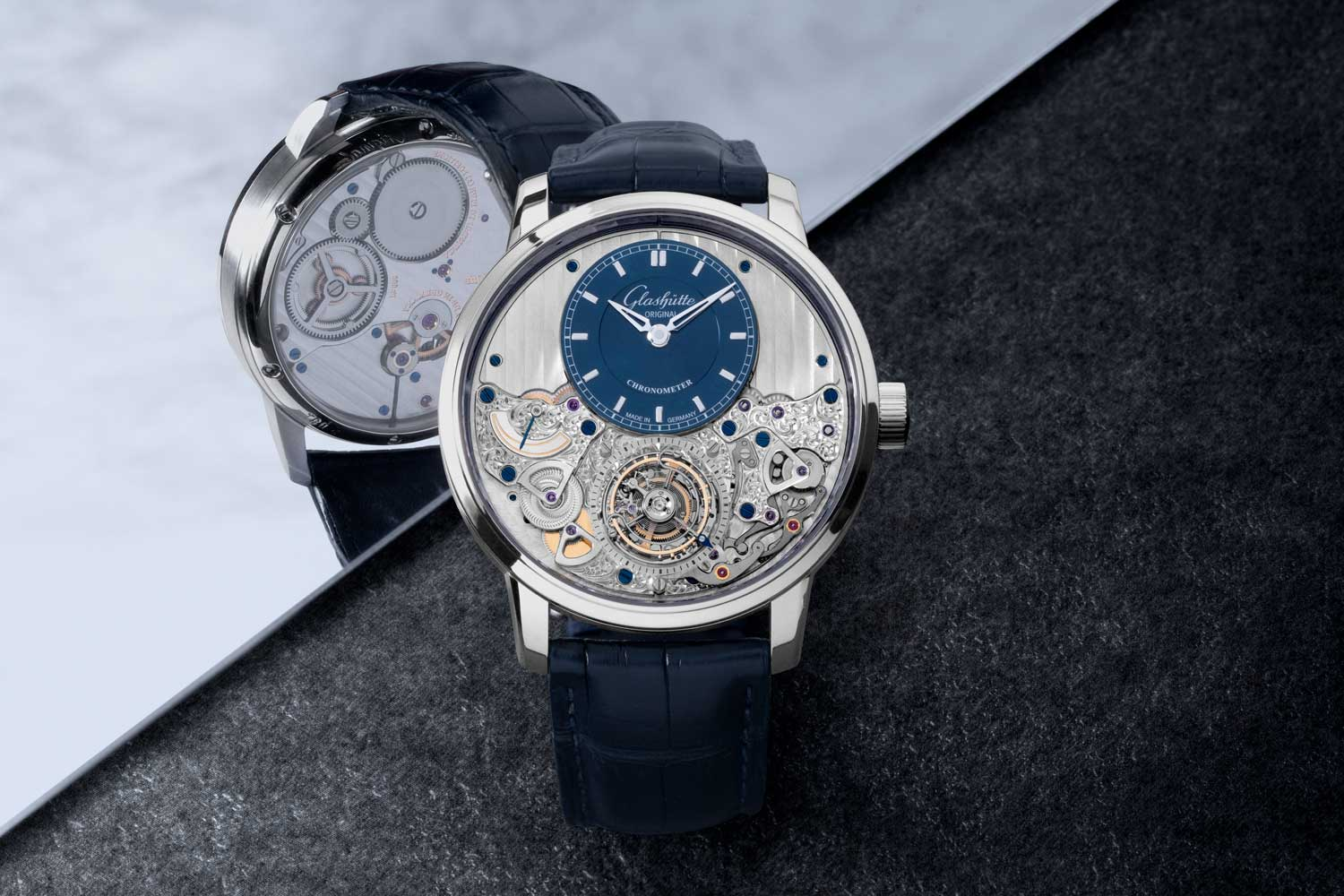 The manually wound Calibre 58-05, developed by Glashütte Original. Featuring a refined second-stop and reset mechanism, which stops the time display while the crown is out, resets the second display to zero, and keeps it there. (©Revolution)