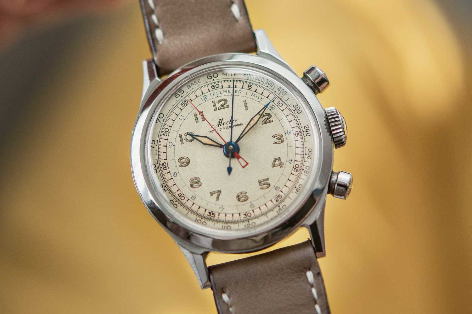 The Mido Multi-Centerchrono comes in a waterproof and anti-magnetic decagonal case made by François Borgel that was also used by Patek Philippe and Vacheron Constantin.