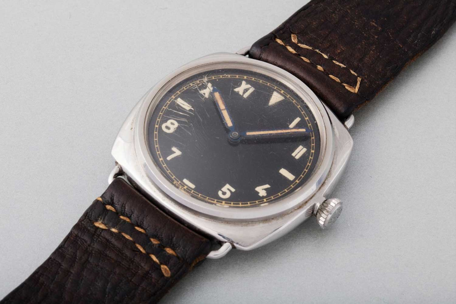 1944 Panerai ref. 3646 with California dial (Image: Phillips)