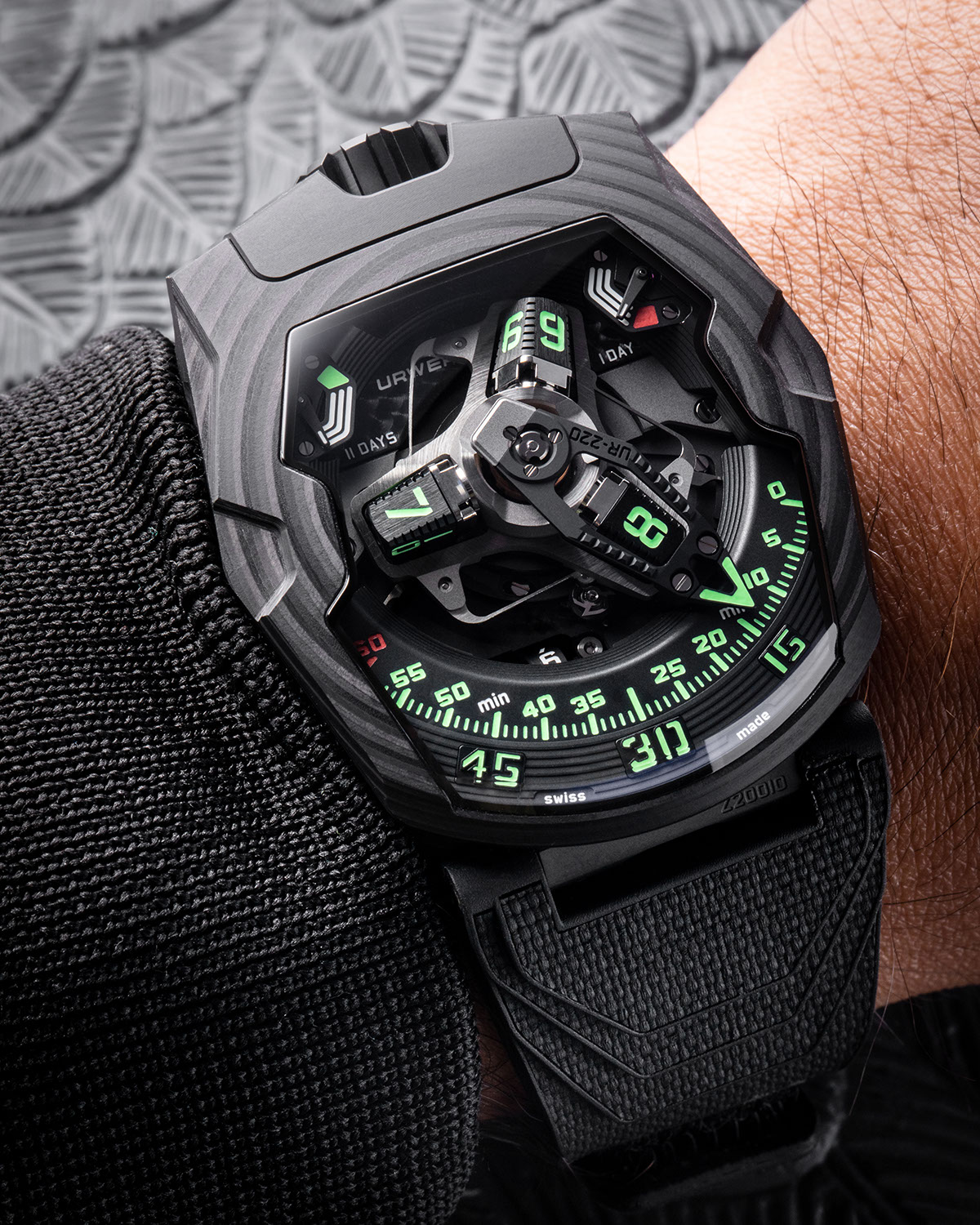 """The URWERK UR-220 """"Falcon Project"""" Carbon Edition on the wrist"""