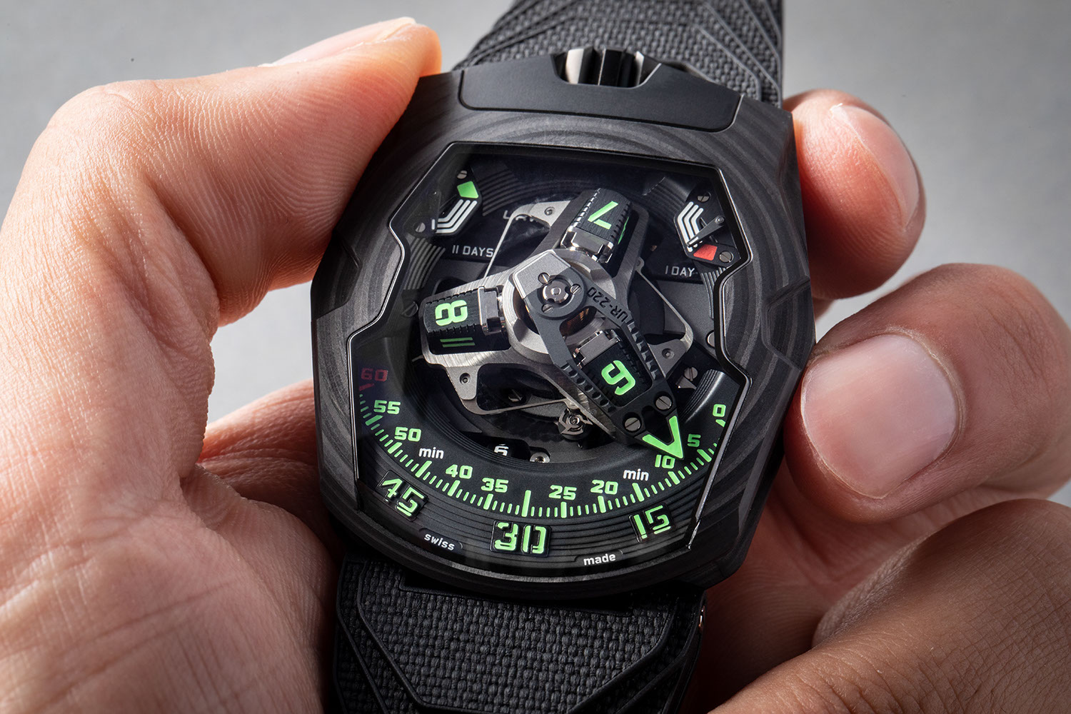 "The URWERK UR-220 ""Falcon Project"" Carbon Edition"