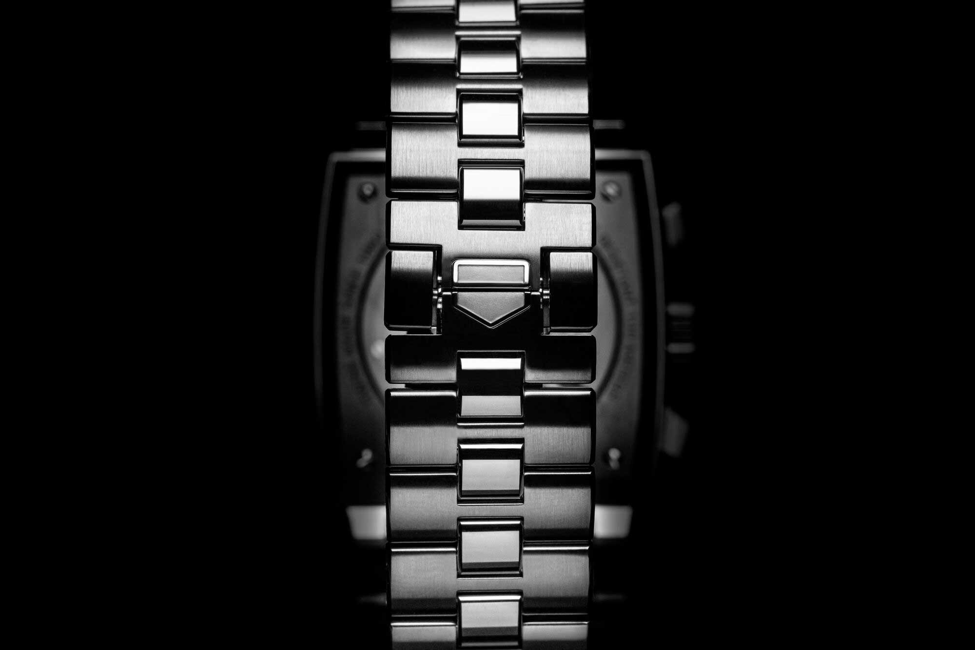 The bracelet for the TAG Heuer Monaco Chronograph 39mm Calibre Heuer 02 Automatic is one of its key new features