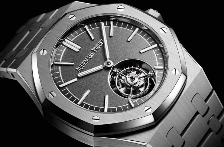 Royal Oak Selfwinding Flying Tourbillon ref. 26530TI.OO.1220TI.01 with a Sandblasted slate grey dial with snailing in periphery