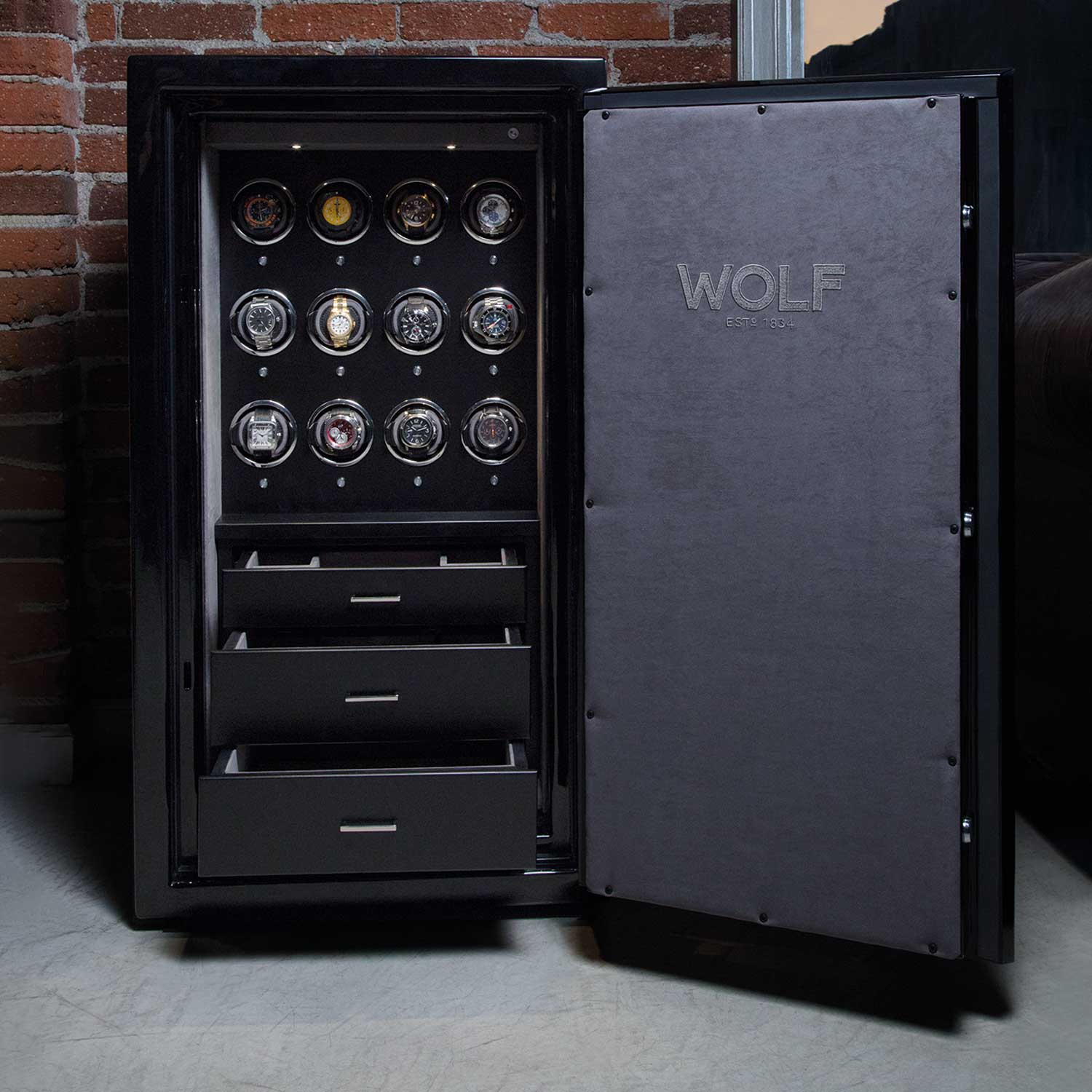 Atlas Safe Collection, which is tested for fire resistance at 927 degrees Celsius for two hours.