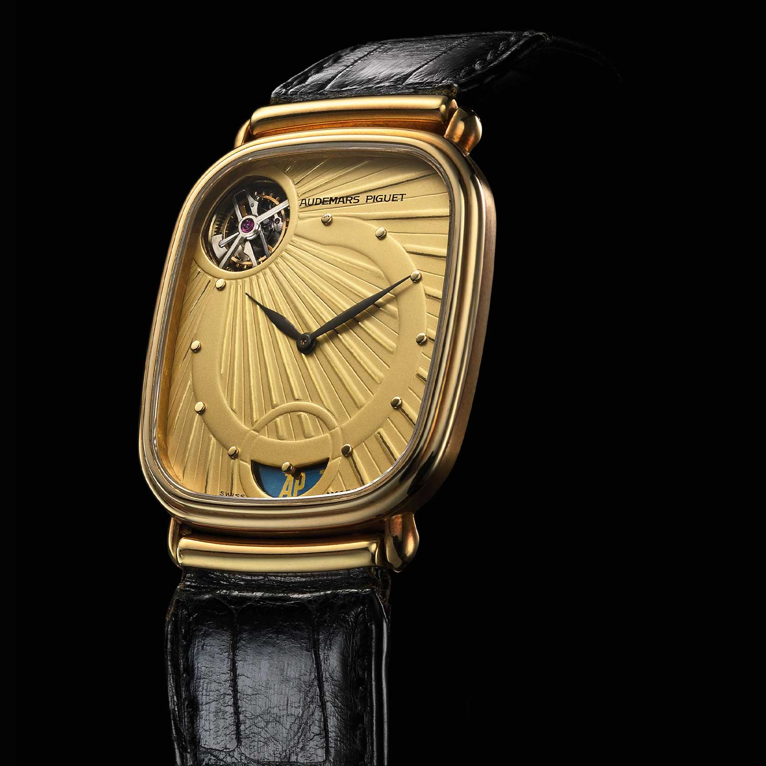 Selfwinding tourbillon. 18-carat yellow gold case No 296. Calibre 2870. Model 25643BA with lug bar cover. Watch sold in 1990. Audemars Piguet Heritage Collection, Inv. 1057.