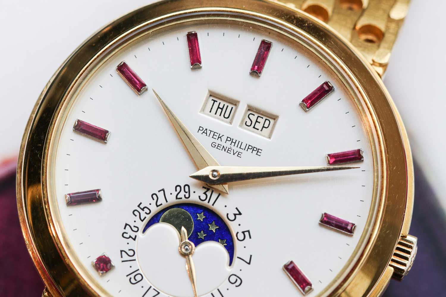 The case was modified to accommodate the raised ruby hour markers (©Revolution)