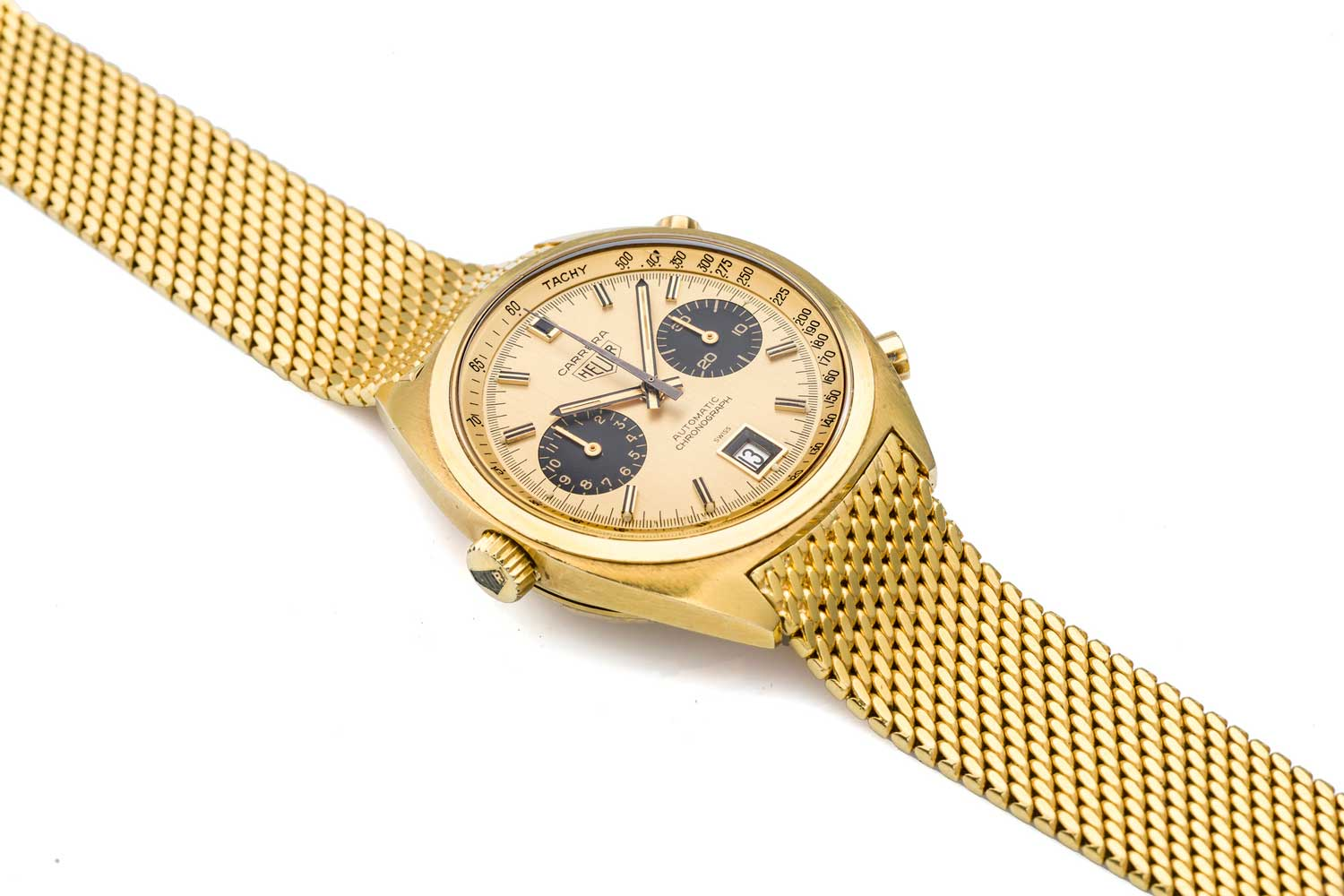 Heuer Carrera 1158CHN fitted on a Gay Frères 18k yellow gold bracelet (Credit: Antiquorum)