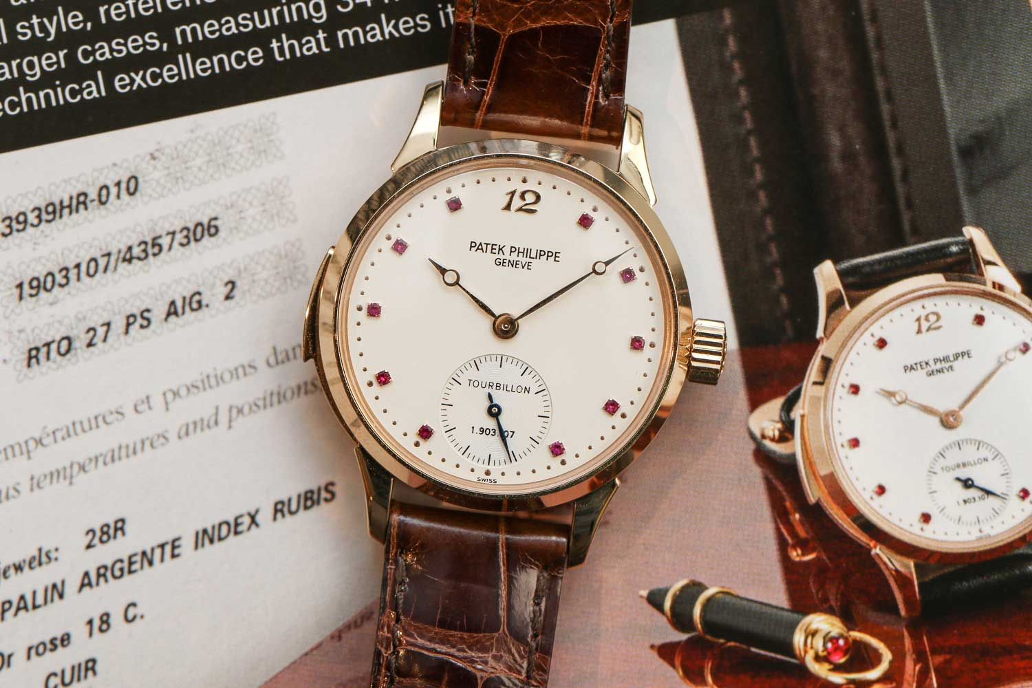 The only known ref. 3939 with ruby hour markers (©Revolution)