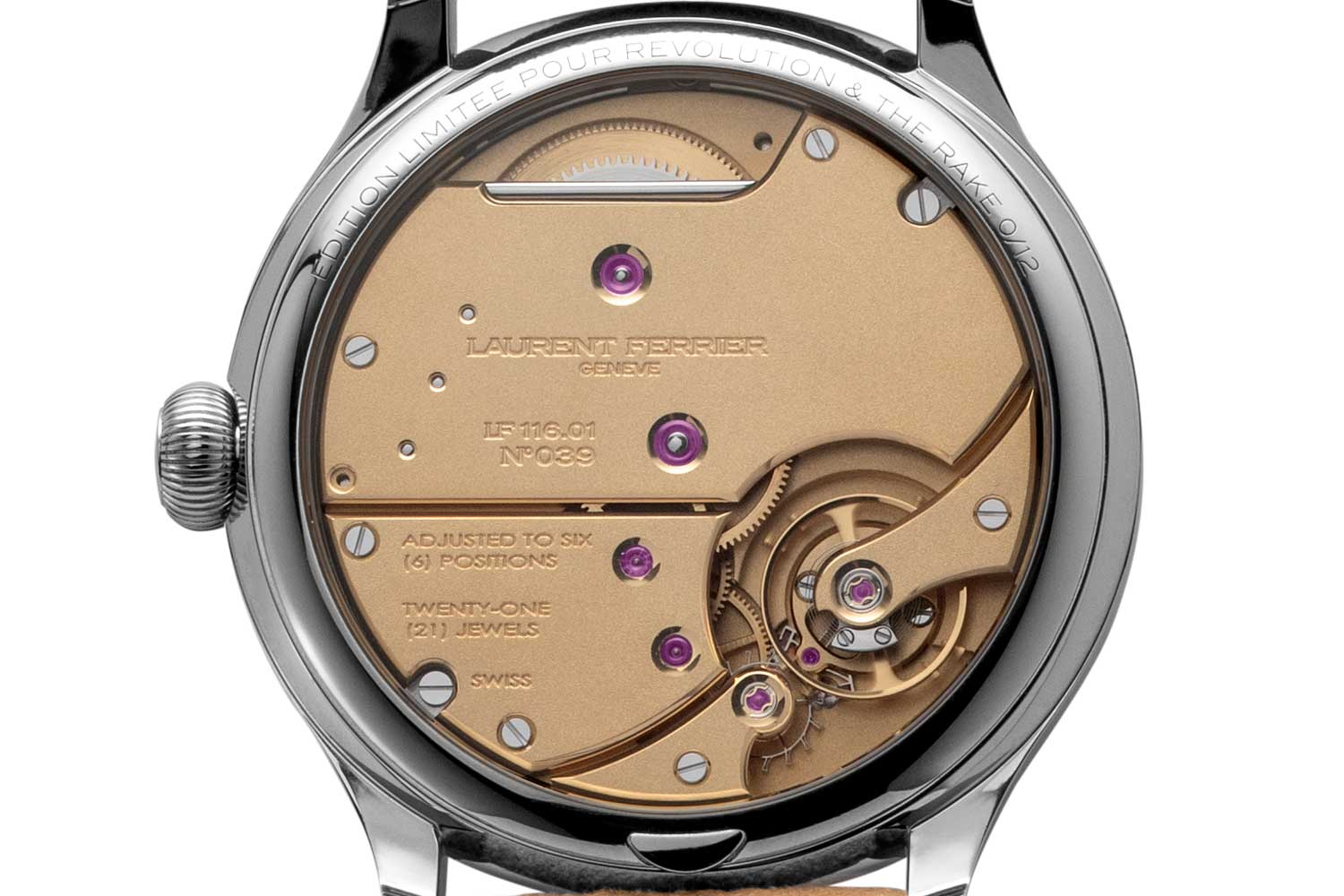 Instead of the sandblasted black rhodium finish that is typical of the LF 116.01 calibre, we requested a finish that was used only once before on the Laurent Ferrier Montre École in steel; this is a yellow-gold or champagne finish, micro-sandblasted to appear almost like a frosted finish (©Revolution)