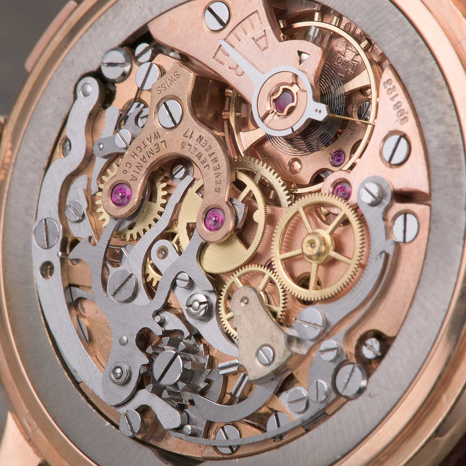 The Lemania 2310 is immediately recognizable with its durable and adaptable architecture; the movement uses a column wheel control system; levers and springs were cut and shaped from a thick steel sheet; bridges here are plated with pink gold; finishing on the movement is highly functional (Image: ninanet.net; SteveG's Watch Launchpad)