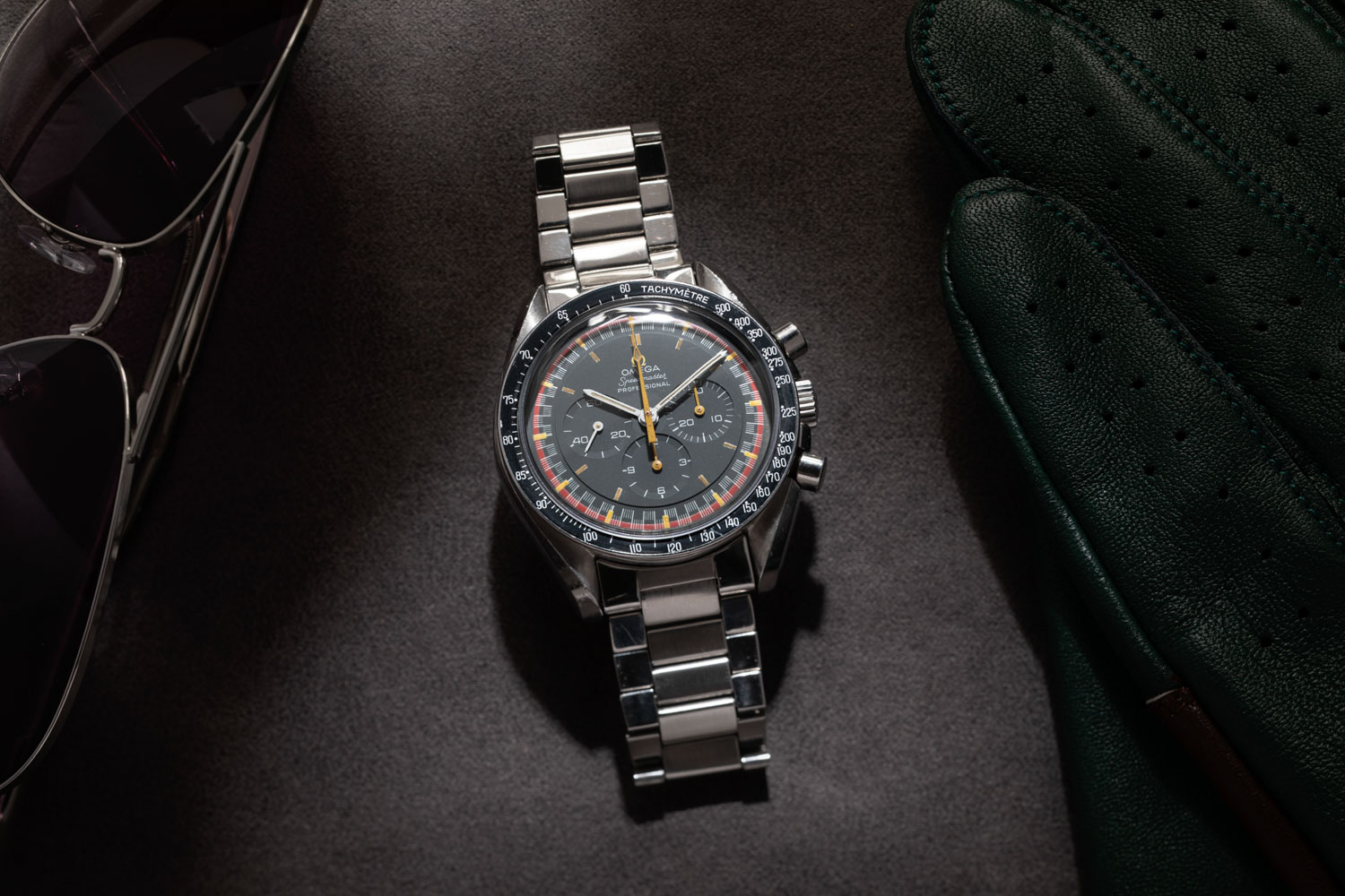 The Speedmaster Reference 145.022-69 with the Racing Dial and orange arrow-tipped central chrono hand (©Revolution)