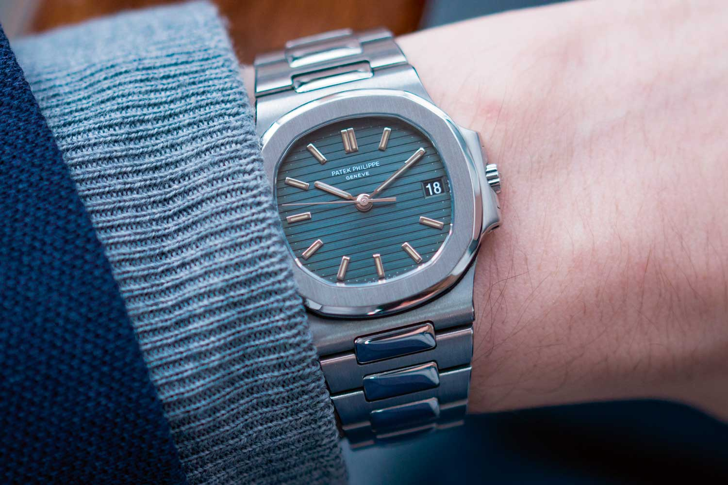 The mid-sized Nautilus 3800/1A launched in 1981 with a new in-house movement, marking the end of the calibre 28-255. (Image: A Collected Man)