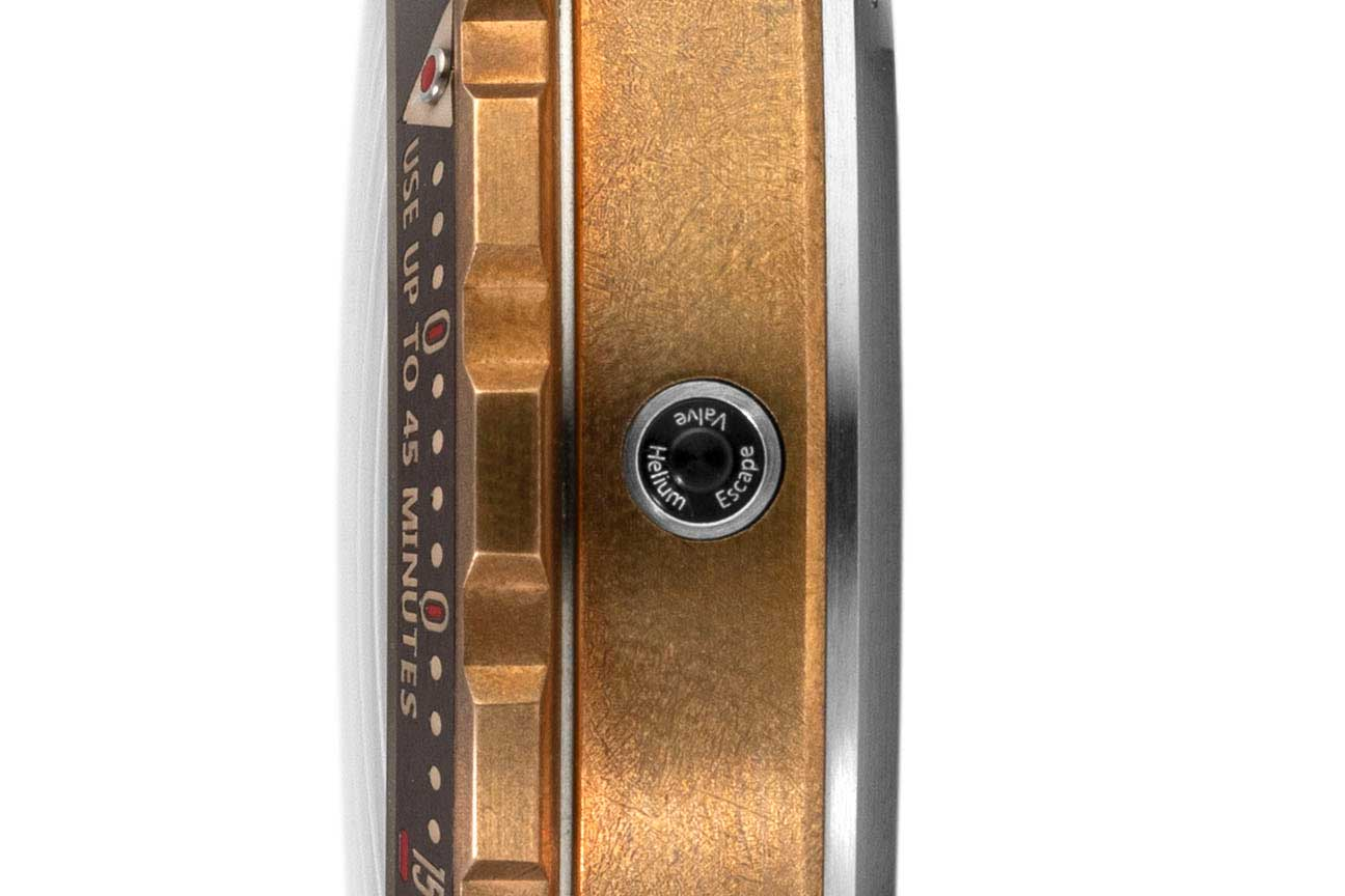 """The Reservoir Hydrosphere Bronze x Revolution """"The Maldives Edition"""" has a Helium Escape Valve incorporated into the side of the case that is opposite to the crown (©Revolution)"""