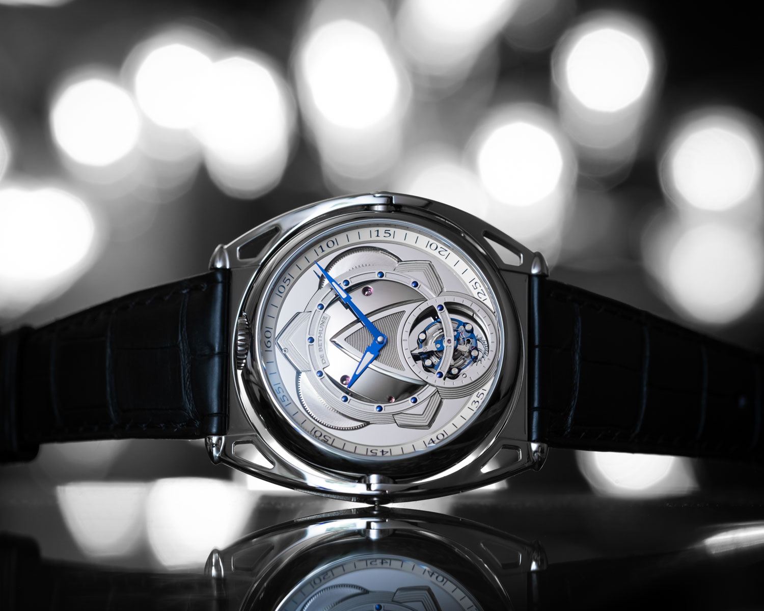 The two-sided De Bethune DB Kind of Two Tourbillon