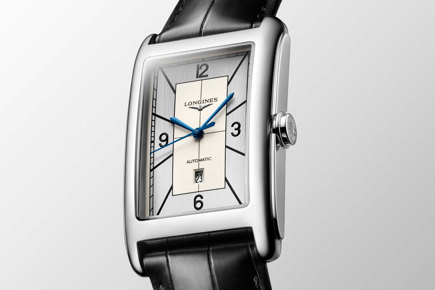 The sectorised dials of the new models highlight the collection's Art Deco ideology