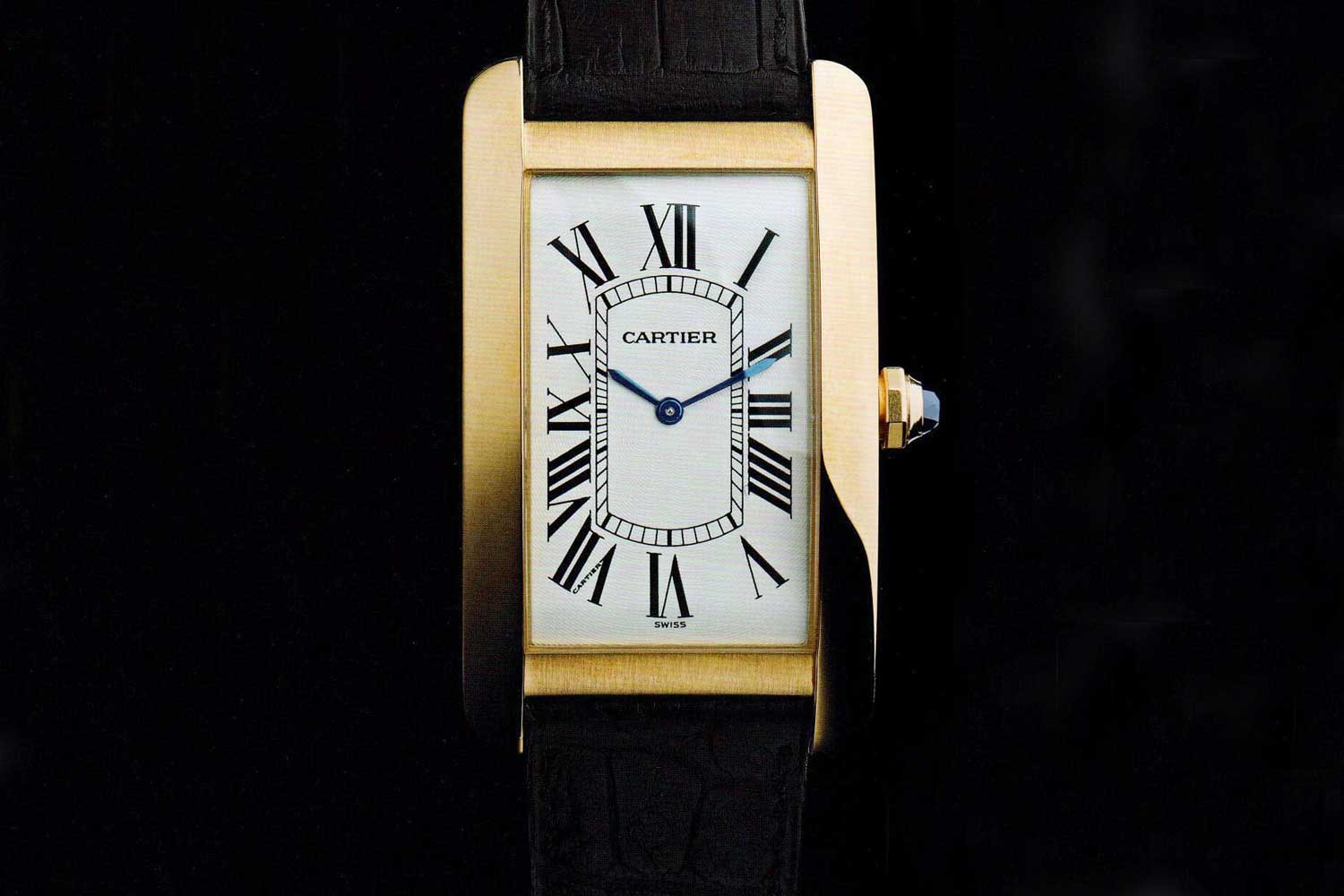 From the front, the Américaine looks a lot like a Cintrée. (Photo: Cartier The Tank Watch by Franco Cologni)