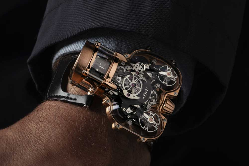 Thanks to the accelerated digitalization of the luxury watch space in the last year, small and independent brands are getting more opportunities to compete directly with the big brands and groups.