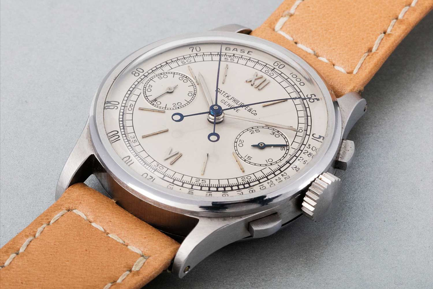The ref. 1436, produced from 1938 to 1971, was the first serially .produced split seconds chronograph by Patek Philippe.