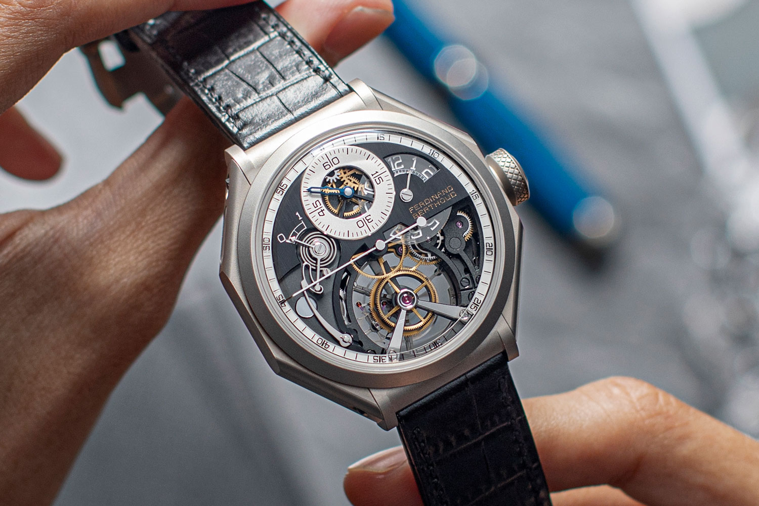 The 2021 Ferdinand Berthoud Régulateur Squelette FB RS in an octagonal case in ultra-resistant carburised stainless steel (©Revolution)