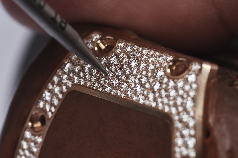 Richard Mille case pavé diamond setting