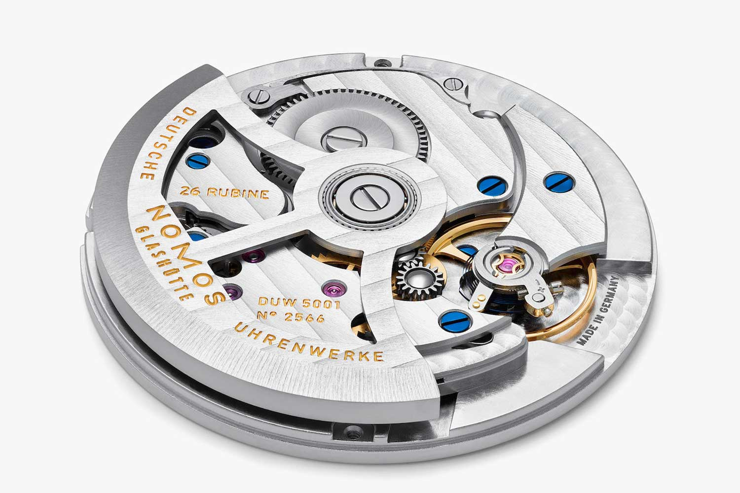 Water-resistant up to 200 meters, the Club Automatic is powered by the in-house DUW 5001 automatic movement.