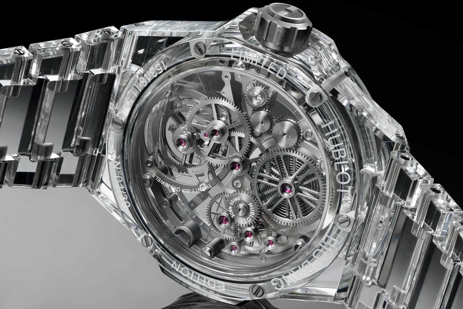 With the Big Bang Integral Tourbillon Full Sapphire, Hublot focussed on omitting all of the normally visible screws